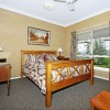 Mahogany Suite – Mount Tamborine accommodation alternative, quiet and secluded